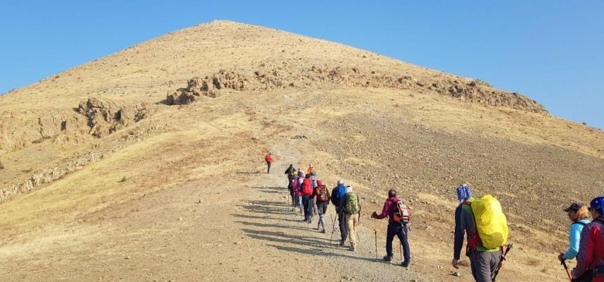 کارآموزی کوهپیمایی (آقایان)